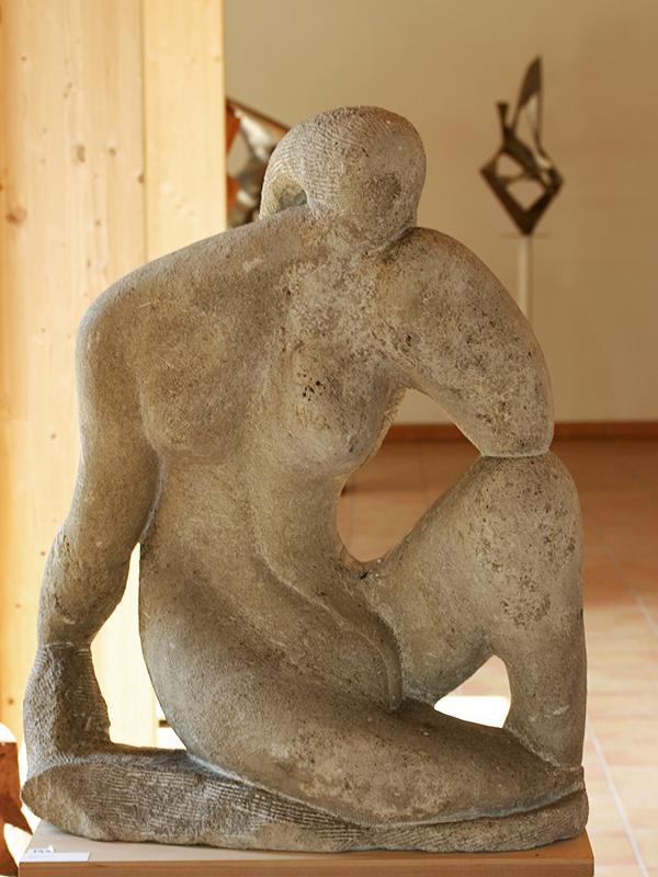 Wander Bertoni Sitzende Figur